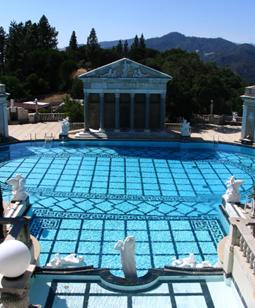 outdoor_pool_of_hearst_castle