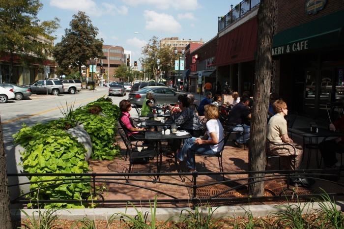 Outdoor Dining in Downtown Sioux Falls